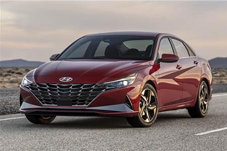 2021 Hyundai Elantra image gallery