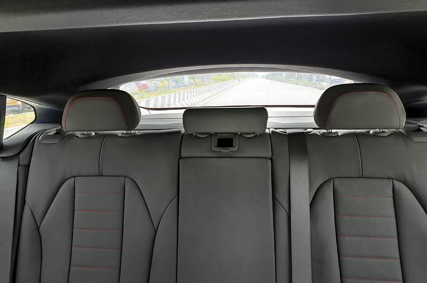 2019 BMW X4 rear seats