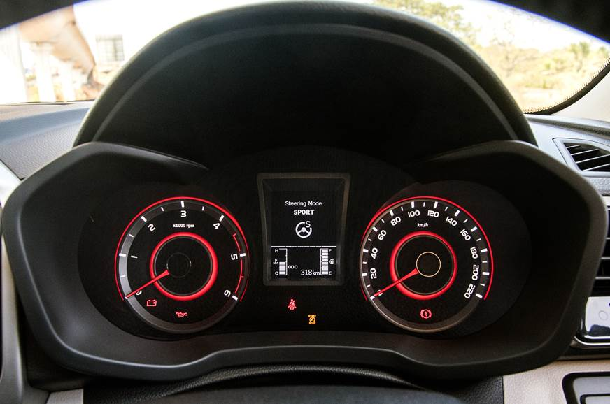 2019 Mahindra XUV300 instrument cluster