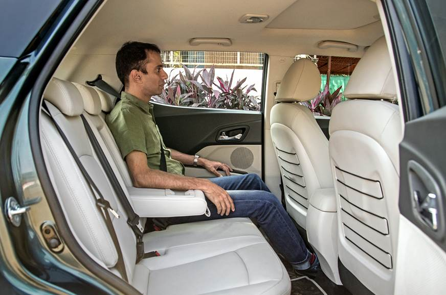 2019 Mahindra XUV300 rear seats