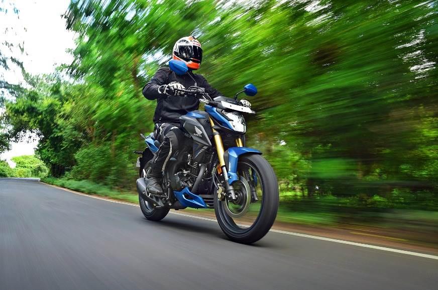 2020-Honda-Hornet-1