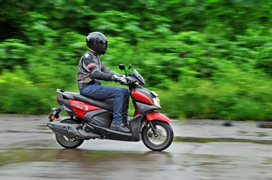 Yamaha-Ray-ZR-125-side