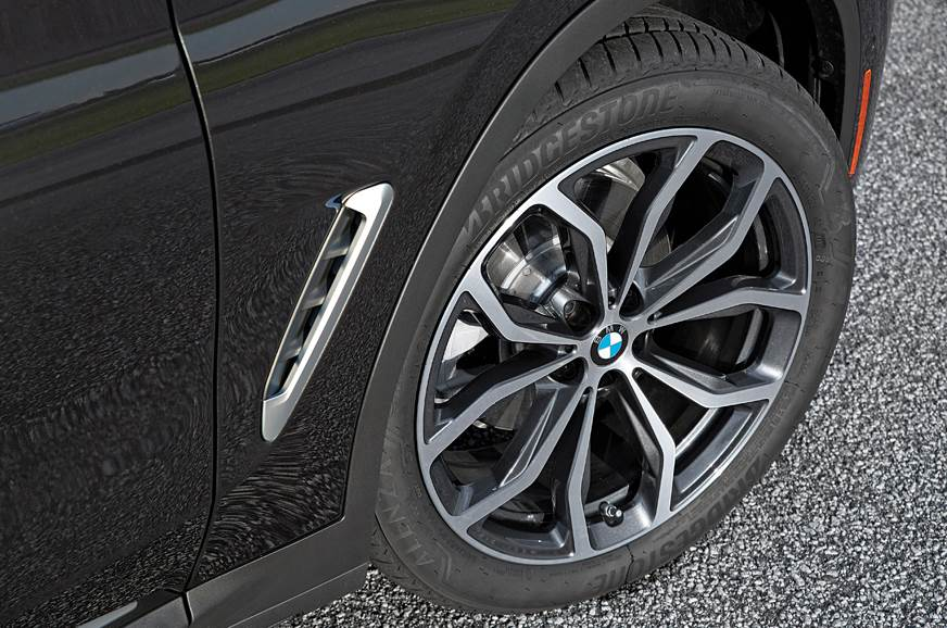 BMW X4 alloy wheel
