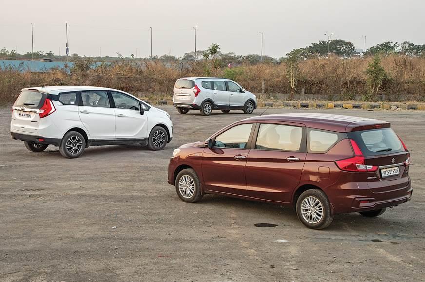 Mahindra Marazzo vs Maruti Suzuki Ertiga vs Renault Lodgy rear static