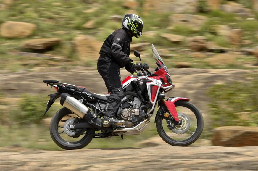 Honda Africa Twin DCT off-road side action