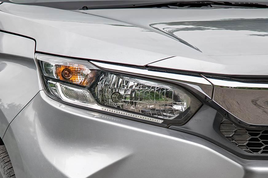 Honda Amaze headlamp