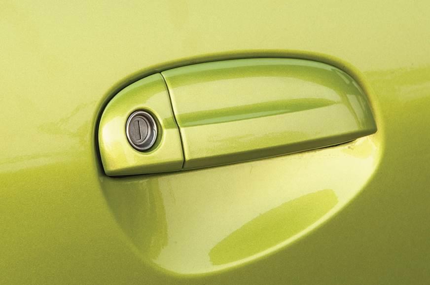 Hyundai Santro door handle