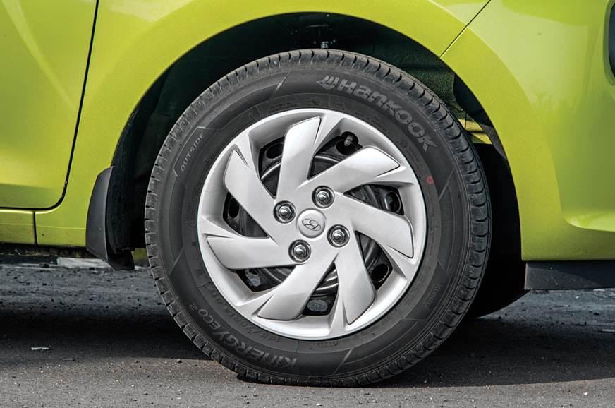 Hyundai Santro wheel