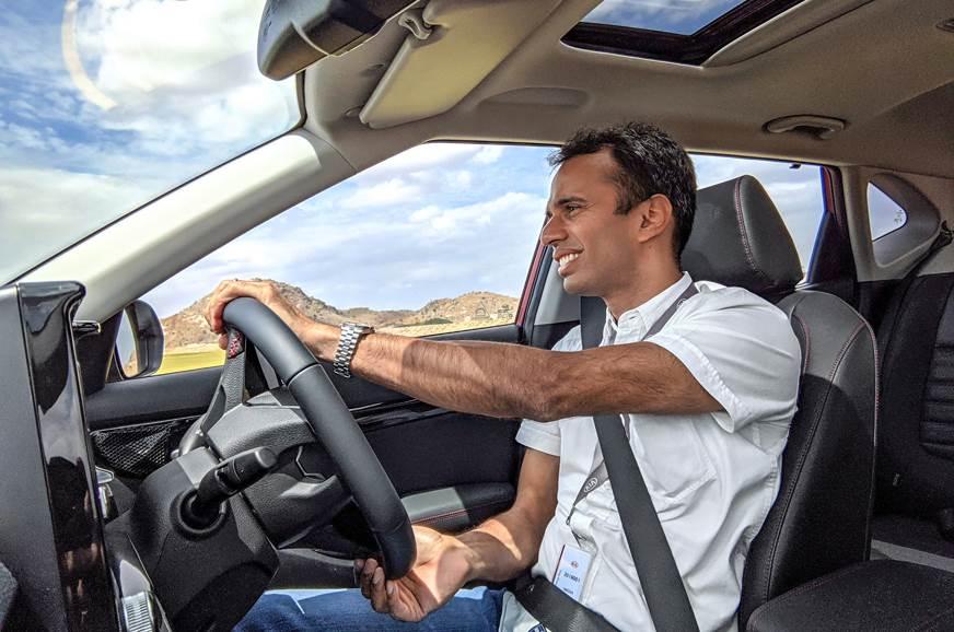 Kia Seltos Sergius driving