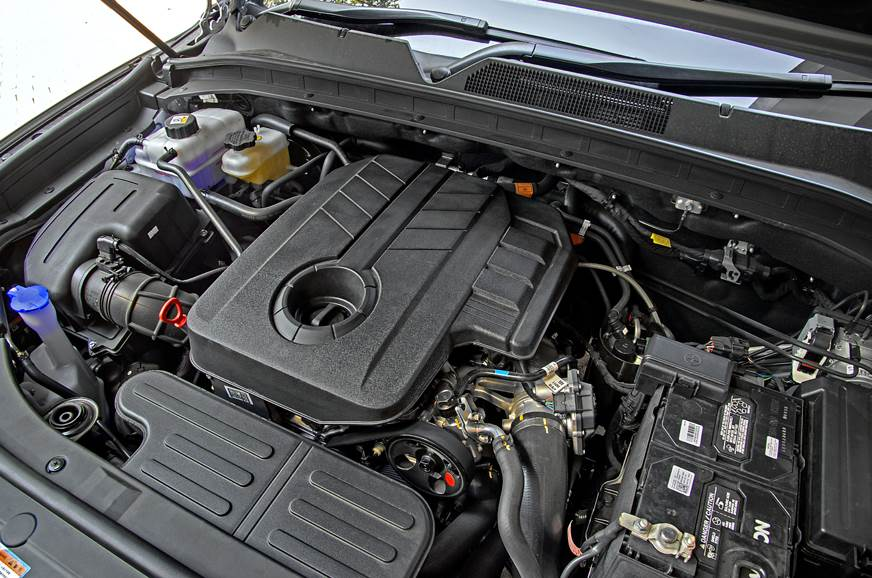 Mahindra Alturas G4 engine