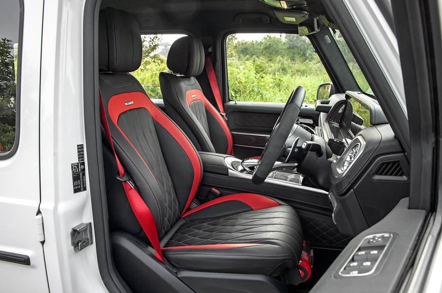 2018 Mercedes-AMG G 63 front seats