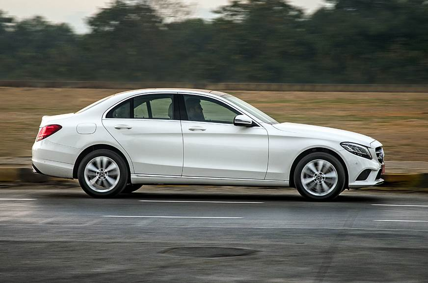 2019 Mercedes-Benz C 200 petrol side action