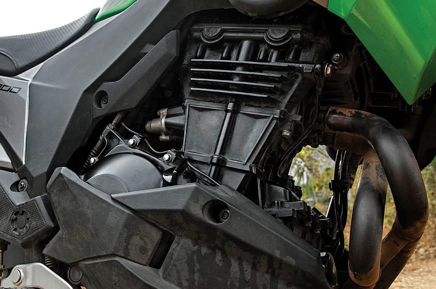 Kawasaki Versys-X 300 engine
