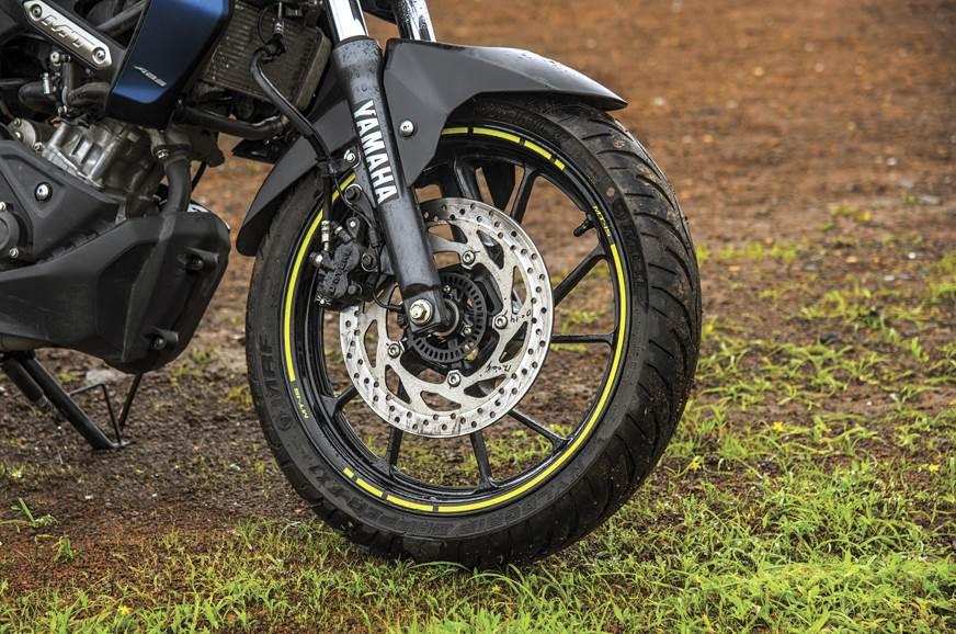 Yamaha-MT15-brake