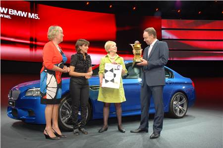 Women's Car of the year 2011
