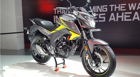 Honda two-wheelers at Auto Expo first look video