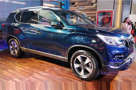 Mahindra Rexton first look video