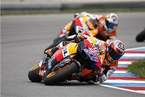 Stoner dominates Czech GP