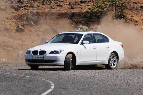 2009 sales: BMW pips ahead of Merc, Audi