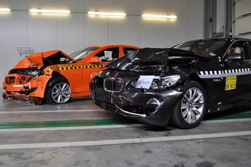 BMW 5 Series Tops crash test