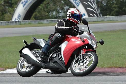 Honda CBR 250R first ride
