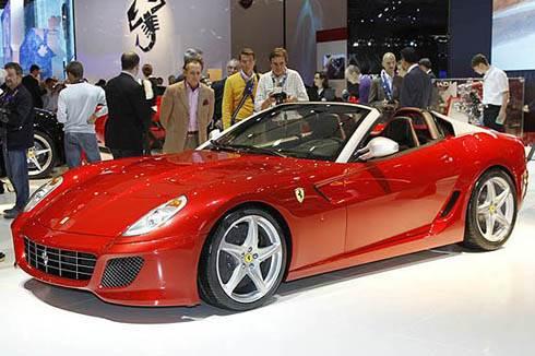 Ferrari Sa Aperta revealed