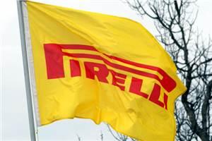 Pirelli wins F1 tyre deal