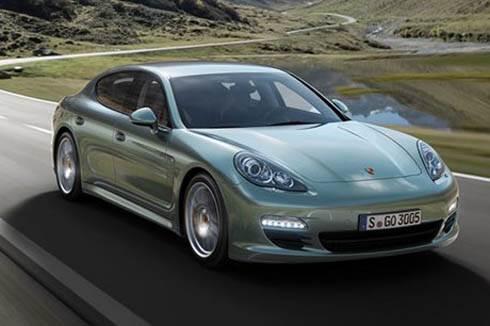Porsche unveils Panamera diesel