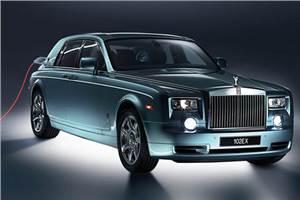 Rolls Royce shows 102EX Concept
