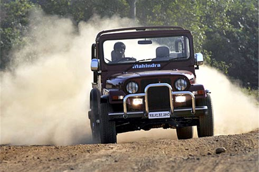 Mahindra Thar DI 4X4 On Road Price (Diesel), Features ...