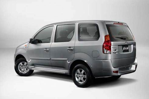 Mahindra launches Xylo D2