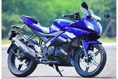 Yamaha R15 v2.0 review, test ride