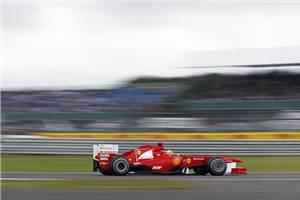 Alonso takes commanding British GP win