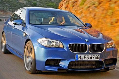 BMW unveils 552bhp M5 saloon