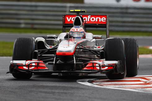Button triumphs in Hungary