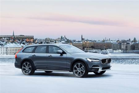 2017 Volvo V90 Cross Country review, test drive