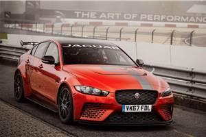 Jaguar sets a new four-door lap record at Nürburgring