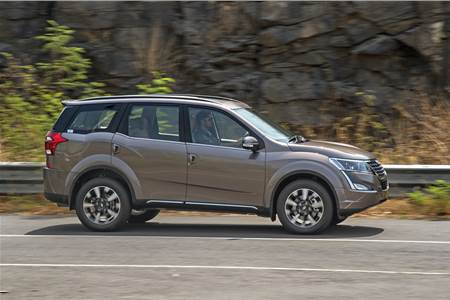 2018 Mahindra XUV500 facelift review, test drive