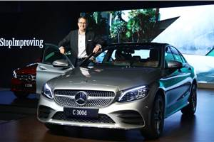 2018 Mercedes C-class facelift launched at Rs 40.00 lakh