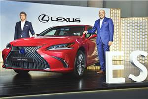 Lexus ES prices down by Rs 8.05 lakh