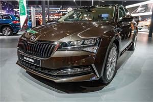 Skoda Superb facelift makes India debut as petrol-only model