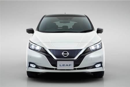 2018 Nissan Leaf image gallery