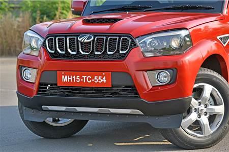 2017 Mahindra Scorpio facelift image gallery