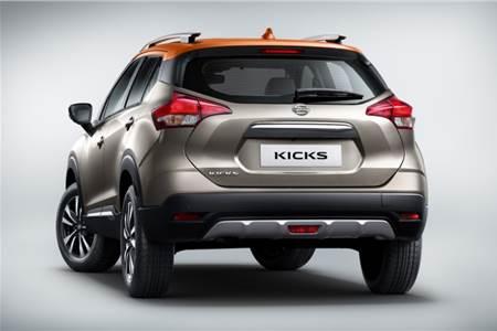 2019 Nissan Kicks image gallery