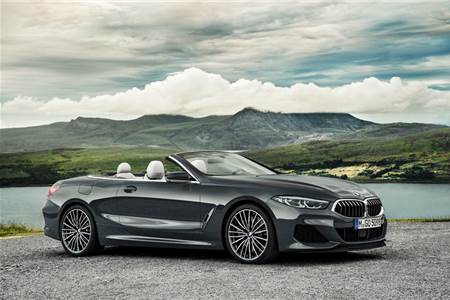 2019 BMW 8-series Convertible image gallery