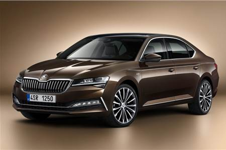 Skoda Superb facelift image gallery