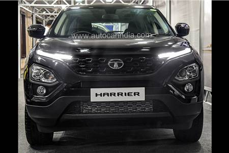 2019 Tata Harrier black edition image gallery