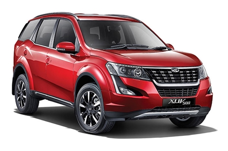 Mahindra XUV500 W7 AT