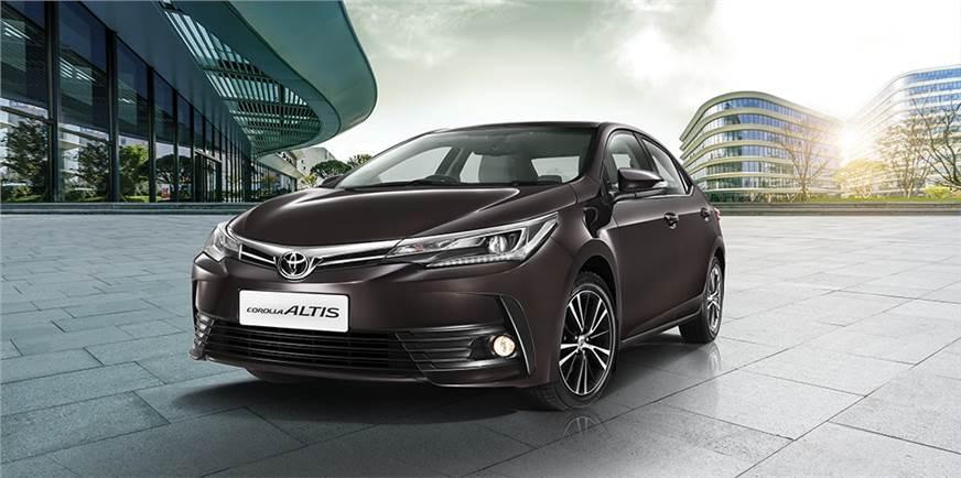 2017 Toyota Corolla Altis price, variants explained ...