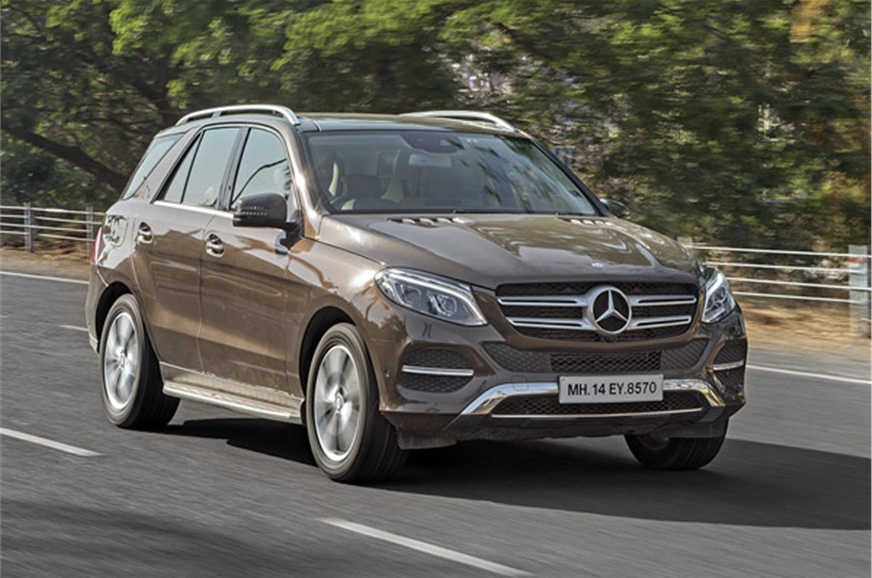 mercedes gle 350d vs bmw x5 30d comparison autocar india. Black Bedroom Furniture Sets. Home Design Ideas